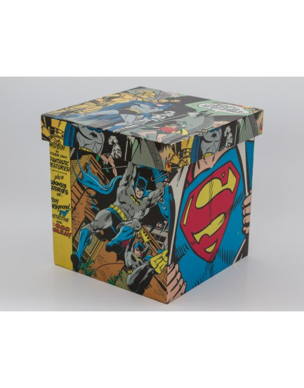Caixa quadrada super heróis  Batman x super man