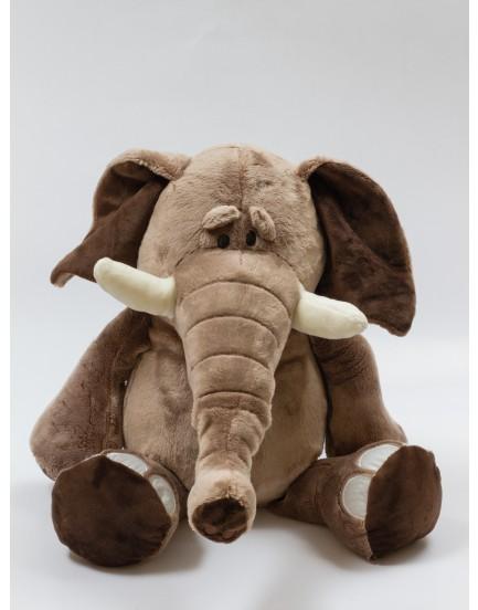 Elefante em pelúcia tam M