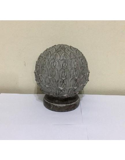 Pinha de Resina com acabamento cimento envelhecido