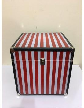 Caixa / Baú  Decorativa Listras vermelho e Branco