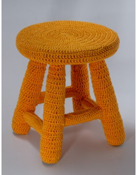 Banquinho Crochê Amarelo