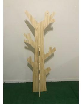 Árvore decorativa estilo mancebo de Pinus