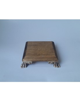 Mini Bandeja quadrada de madeira com pé resina