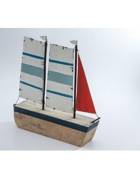 Barquinho de Madeira azul com vermelho