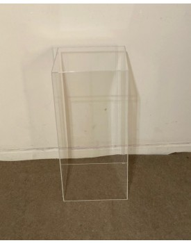 Cubo de Acrílico Tam M - Tam 70 cm de altura x 33 cm comprimento