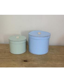 Duo caixas redondas em tons pastéis de listras ( azul e verde )