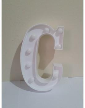 Letra C Luminosa de plástico