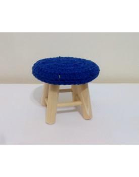 Mini Banquinho Pinus com tampo Crochê Azul Royal