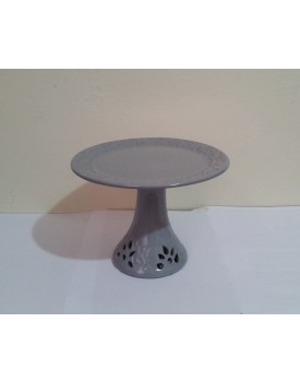 Prato cerâmica cinza com pé furadinho Tam P
